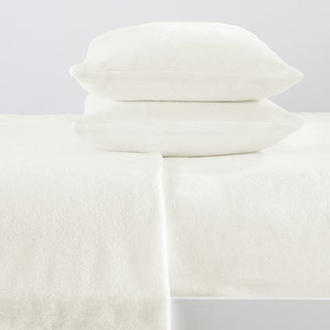 Great Bay Home Extra Soft Cozy Velvet Plush Solid Bed Sheet Set