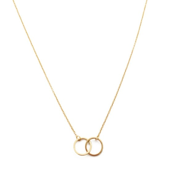 Honeycat Small Interlocking Circles Charm Necklace (Delicate Jewelry)