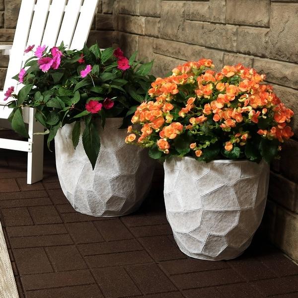 "Sunnydaze Fiber Clay Carved 2-Piece Planter Set Light Gray - 12-Inch and 15-Inch - (1) 12"" & (1) 15"""