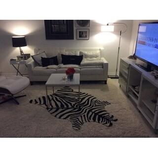 Indoor/ Outdoor Hand-hooked Savannah Zebra Rug (3'6 x 5'6)