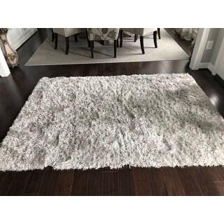 Safavieh Handmade Flokati Mia Shag Solid Wool Rug