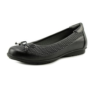 FootSmart Kathleen Round Toe Synthetic Flats|https://ak1.ostkcdn.com/images/products/is/images/direct/3924133990c6cb3c2e590a69255211e5aecce5cc/FootSmart-Kathleen-Women-Round-Toe-Synthetic-Black-Flats.jpg?_ostk_perf_=percv&impolicy=medium