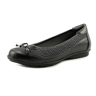 FootSmart Kathleen Round Toe Synthetic Flats|https://ak1.ostkcdn.com/images/products/is/images/direct/3924133990c6cb3c2e590a69255211e5aecce5cc/FootSmart-Kathleen-Women-Round-Toe-Synthetic-Black-Flats.jpg?impolicy=medium