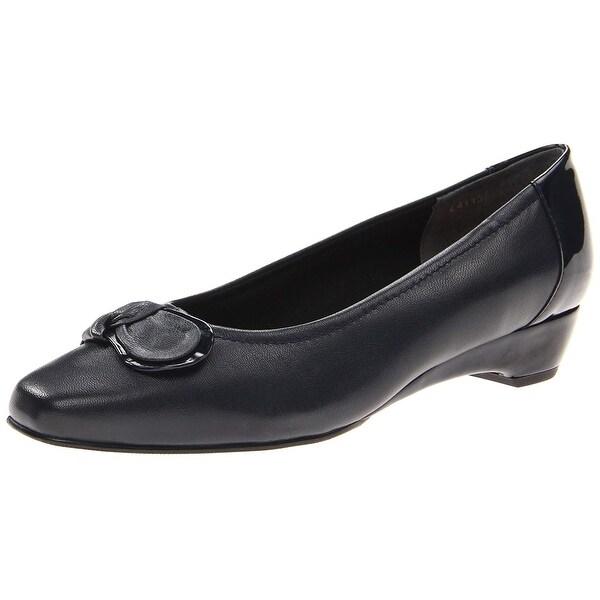 465d8732d7dc Shop Walking Cradles Womens Bean Leather Square Toe Classic Pumps ...