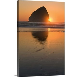 """""""USA, Oregon, beach with stack rock"""" Canvas Wall Art"""