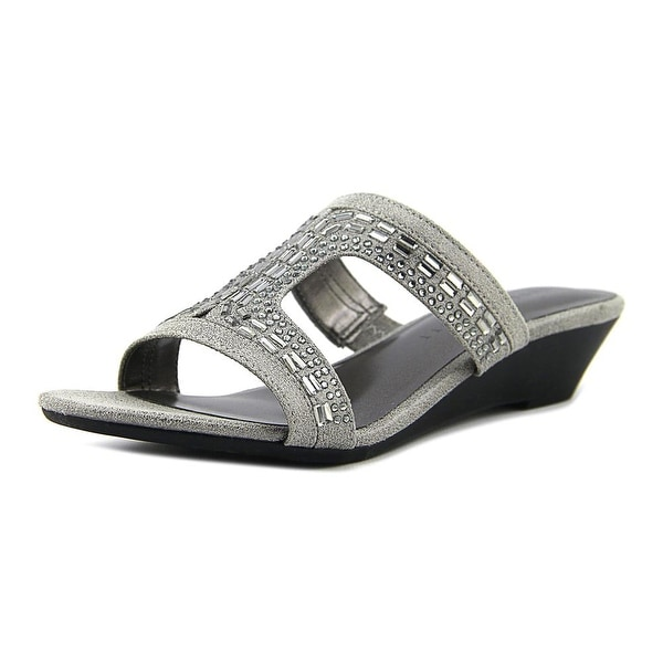 Karen Scott Seryne Women Dark Silver Sandals