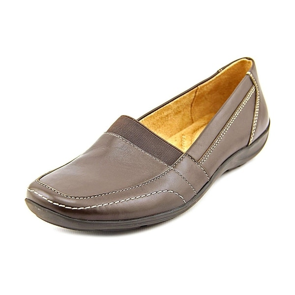 Naturalizer Womens FRITZ Leather Closed Toe Loafers