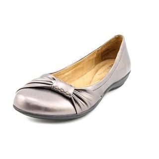 White Mountain Manner Women Round Toe Synthetic Silver Flats
