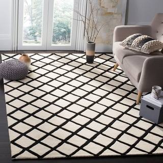 Link to Safavieh Handmade Chatham Retha Modern Moroccan Wool Rug Similar Items in Transitional Rugs