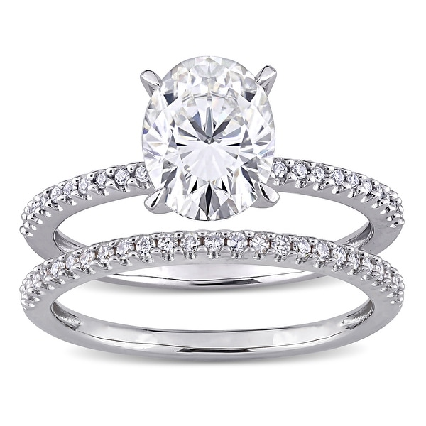 Miadora 2ct DEW Oval-Cut Moissanite and 1/4ct TDW Diamond Bridal Ring Set in 14k White Gold. Opens flyout.
