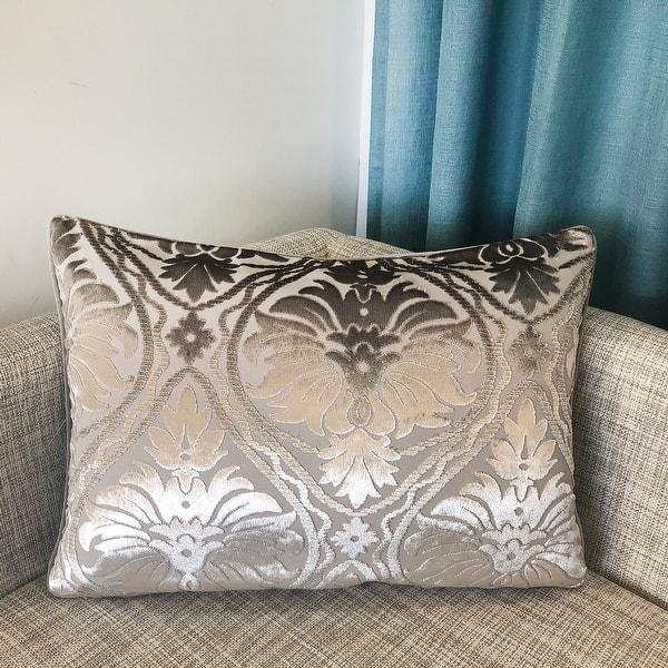 Shop Rodeo Home Shine Elegant Damask Velvet Lumbar Pillow Cover And Insert Overstock 31577072