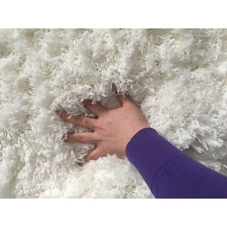 Safavieh Polar Shag White Fluffy Silken Rug - 9' X 12'