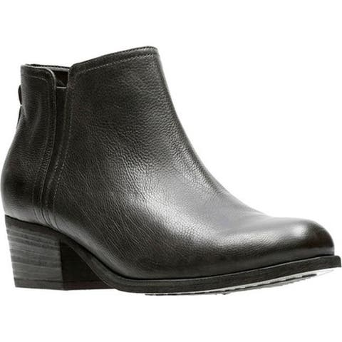 Clarks Women's Maypearl Ramie Ankle Bootie Black Full Grain Leather