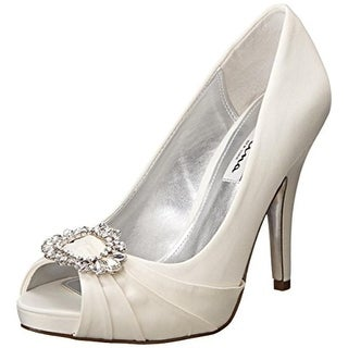 Do Nina Shoes Run Small