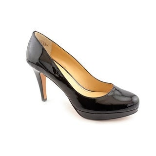 Circa Joan & David Pearly Women Round Toe Patent Leather Heels