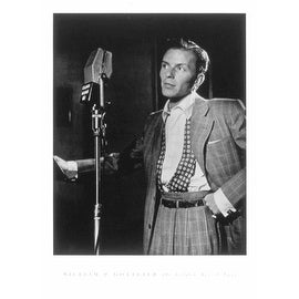 ''Frank Sinatra (with microphone)'' by William Gottlieb Music Art Print (24 x 18 in.)