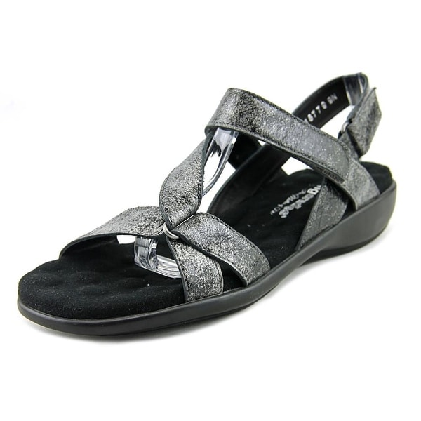 Walking Cradles Score Women Pewter Met Sandals