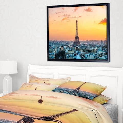 Designart 'Eiffel at Sunrise in Paris' Cityscape Photography Framed Canvas Print