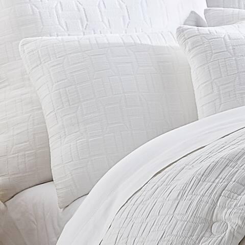Five Queens Court Sheldon White Comforter Set