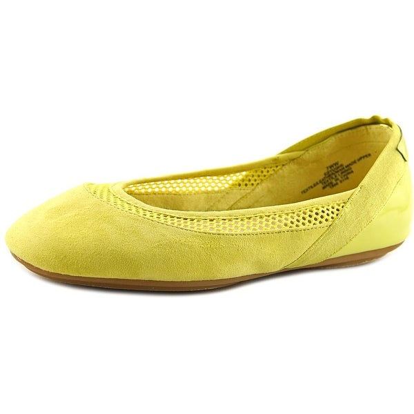 Easy Spirit e360 Yughe WW Round Toe Synthetic Ballet Flats