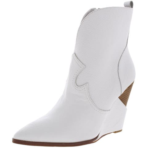 Jessica Simpson Women's Hilrie Faux Leather Western Stacked Wedge Ankle Bootie
