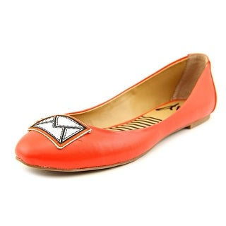 DV8 by Dolce Vita Stella Round Toe Synthetic Flats