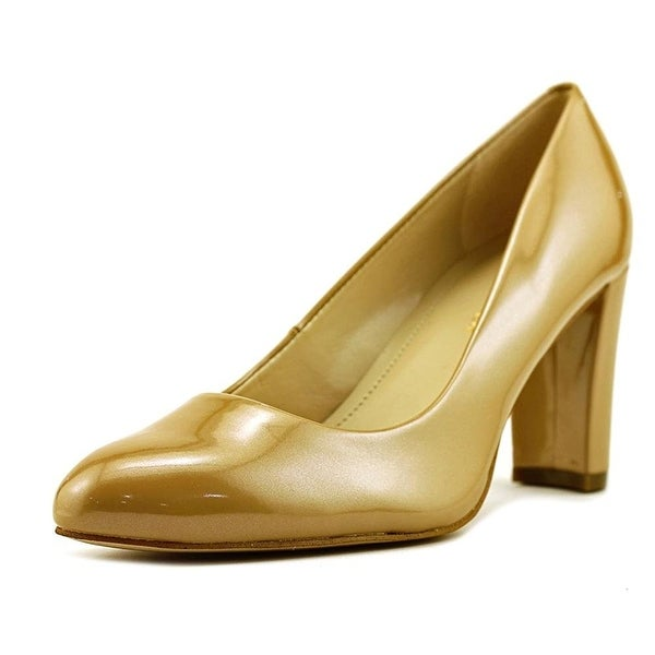 Marc Fisher Womens Andee2 Closed Toe Classic Pumps