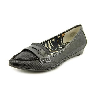 Anne Klein Julesa Pointed Toe Leather Flats