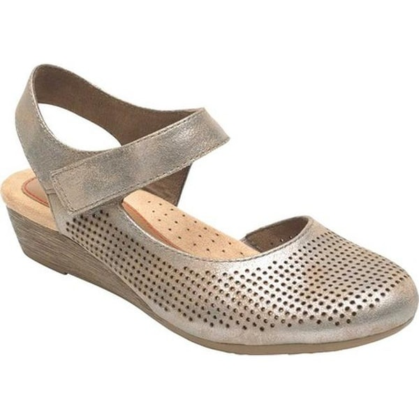 Rockport Women's Cobb Hill Judson Closed Toe Sandal Metallic Full Grain Leather