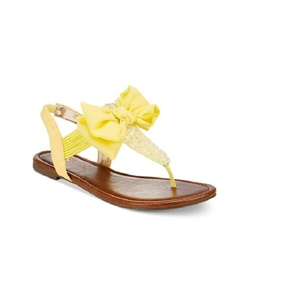 Material Girl Women's Swan Flat Thong Sandals