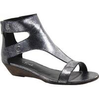 Diba True Women's Kora Rose T Strap Sandal Pewter Metallic Leather