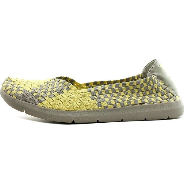 Bare Traps Womens INDIANA Fabric Low Top Slip On