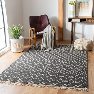 Link to Safavieh Kilim Fiammetta Transitional Wool Rug Similar Items in Rustic Rugs