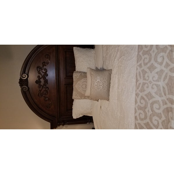 b578b95f25 Shop Madison Park Virginia Ivory 3-Piece Tufted Cotton Chenille Medallion  Duvet Cover Set - On Sale - Free Shipping Today - Overstock - 21752026