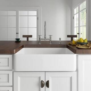 Eridanus Rio 33-in Farmhouse Apron-Front Kitchen Sink