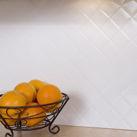 Fasade Quilted Gloss White 15-square Foot Backsplash 15 Sq Ft Kit
