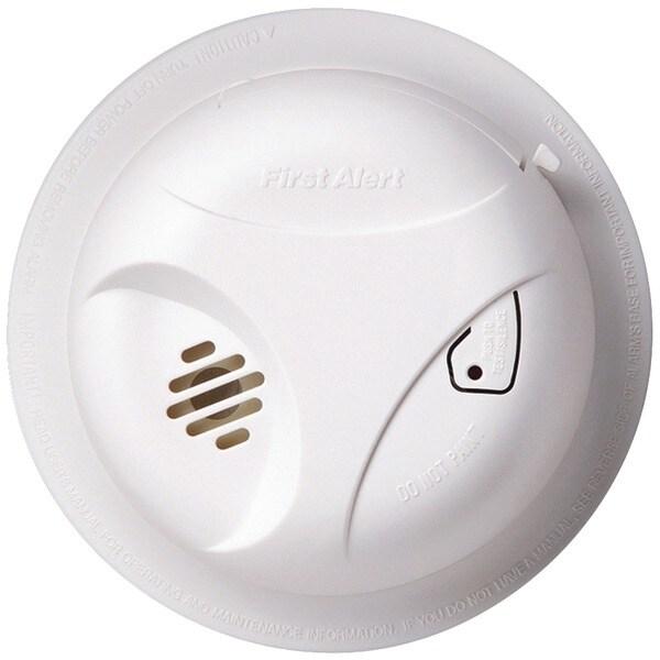 First Alert Sa303Cn3 Battery-Powered Smoke Alarm