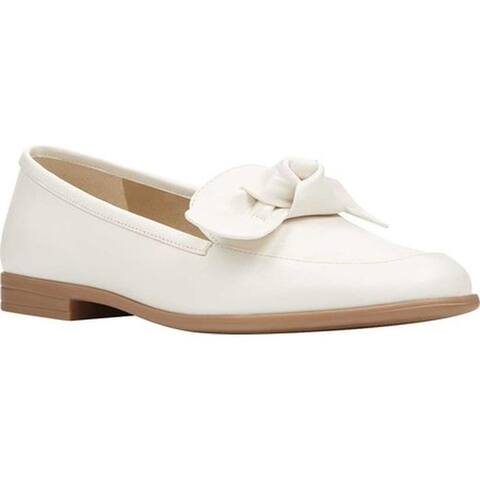 Bandolino Women's Casaretti Bow Loafer Shell White Super Soft Faux Nappa Leather