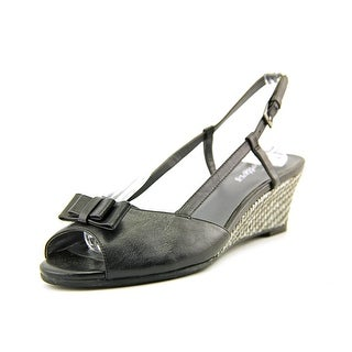 Trotters Milly Women N/S Open Toe Leather Black Wedge Sandal
