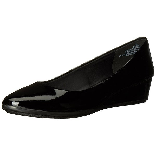 Easy Spirit Womens Esavery Leather Closed Toe Wedge Pumps