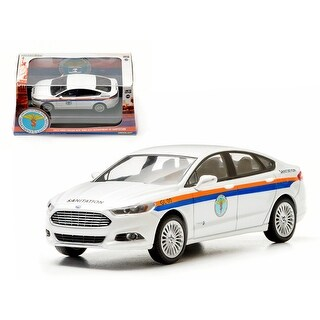 2013 Ford Fusion The City of New York Department of Sanitation (DSNY) 1/43 Diecast Car Model by Greenlight