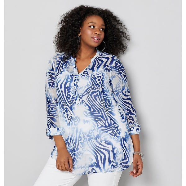 139605fdc9f Shop AVENUE Women's Animal Print Popover Tunic - Navy - Free Shipping On  Orders Over $45 - Overstock - 28026811