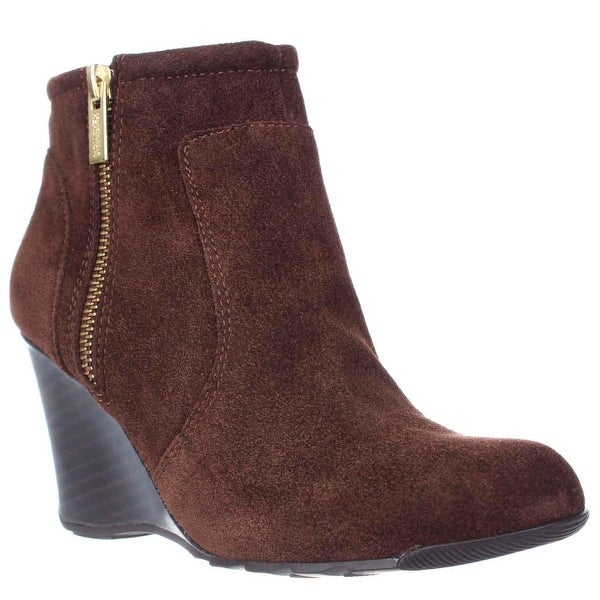 Kenneth Cole REACTION Tell Lilly Pad Wedge Ankle Boots, Cocoa