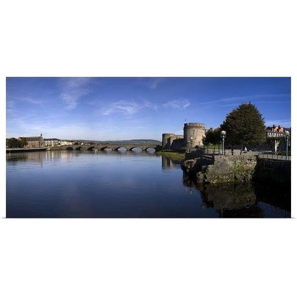 Shop The Thormond Bridge and King Johns Castle, River