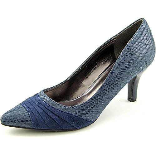 Karen Scott Women's Gladdys Pointed Toe Pumps