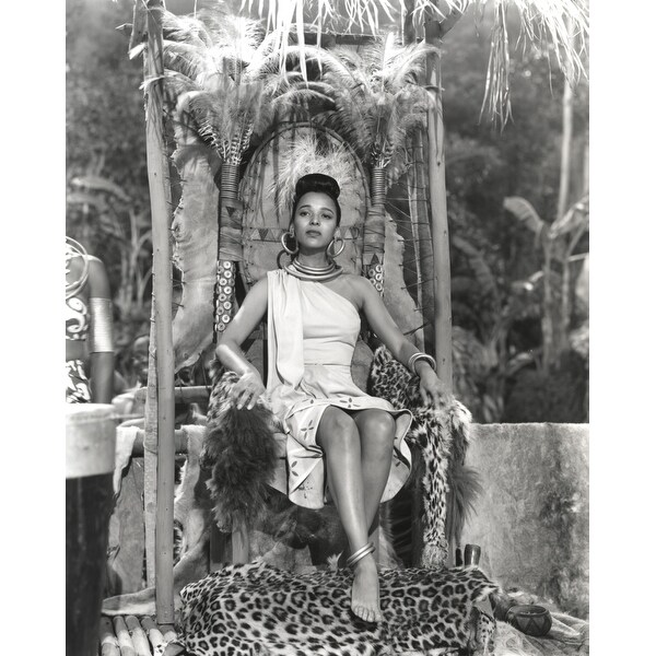 81d2e39b Shop Dorothy Dandridge Seated in Classic with Amazon Attire Photo Print -  Free Shipping On Orders Over $45 - Overstock - 25374390