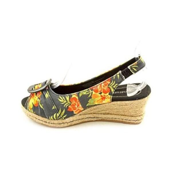 Naturalizer Bina Singback Women's Heels
