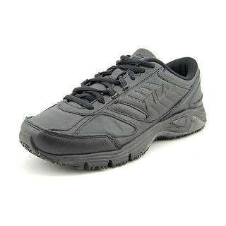 Fila Memory Foam Ultra Slip Resistant Round Toe Leather Walking Shoe