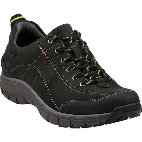 bc078037f1a Shop Clarks Women s Wave.Trek Walking Shoe Black Leather - Free ...