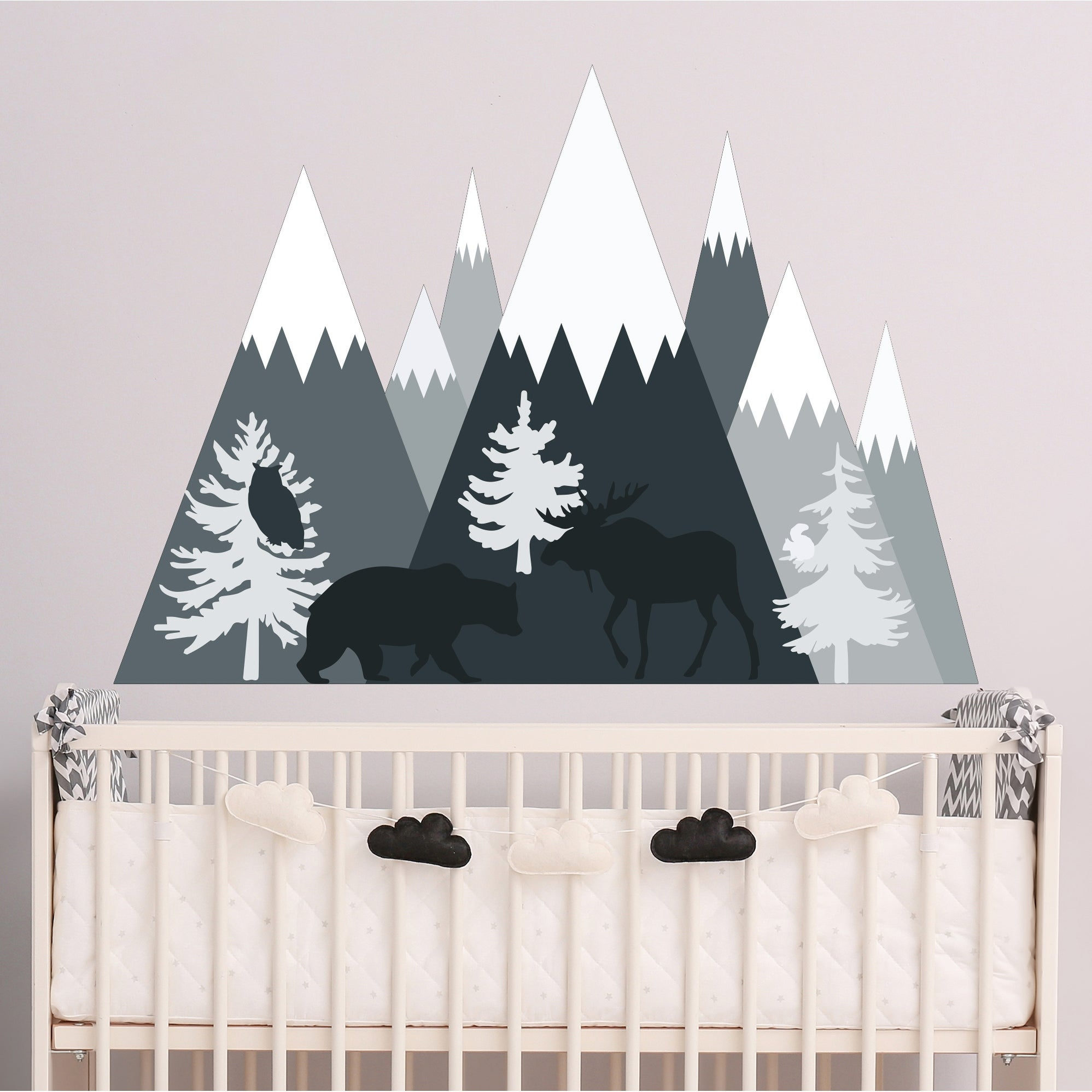 Shop Mountain Wall Decal With Bear Moose On Sale Overstock 21796431